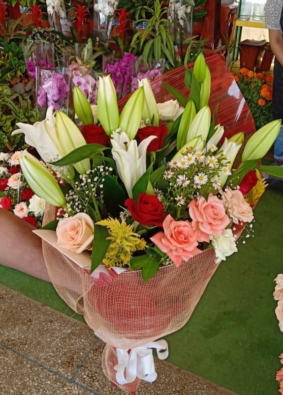 Fleuriste Maroc En Ligne Livraison 7 7 Mot Vase